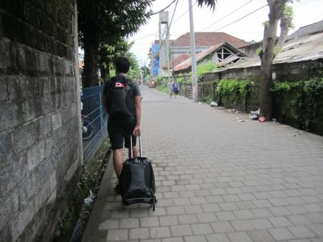 IMG_2697_Sidewalk_Kuta_Pull
