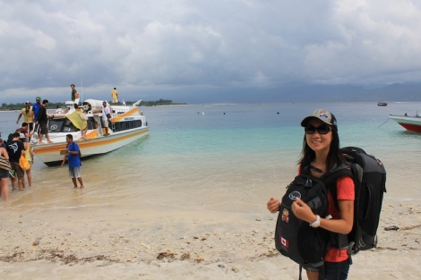 IMG_3736_Beach_Carry_GiliT_Julie
