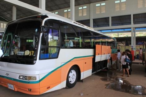 Sokha Komartep Bus