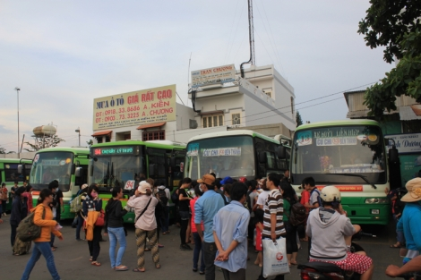 Bus #13 back to Ben Thanh bus terminal