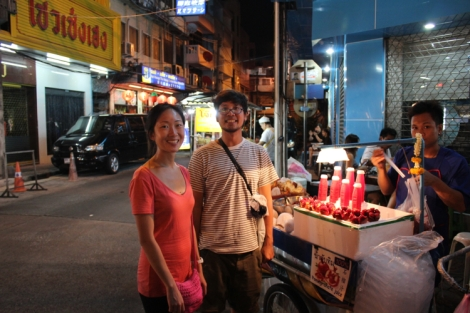 Fresh pomegranate juice vendor? Don't mind if we do!
