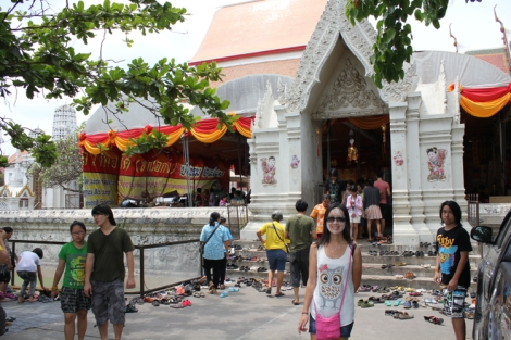 Busy day at the Wat