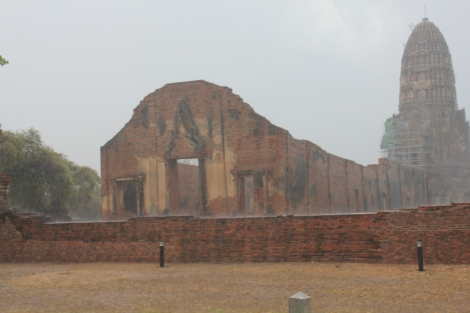 Can't really enjoy the Ayutthaya ruins in the rain